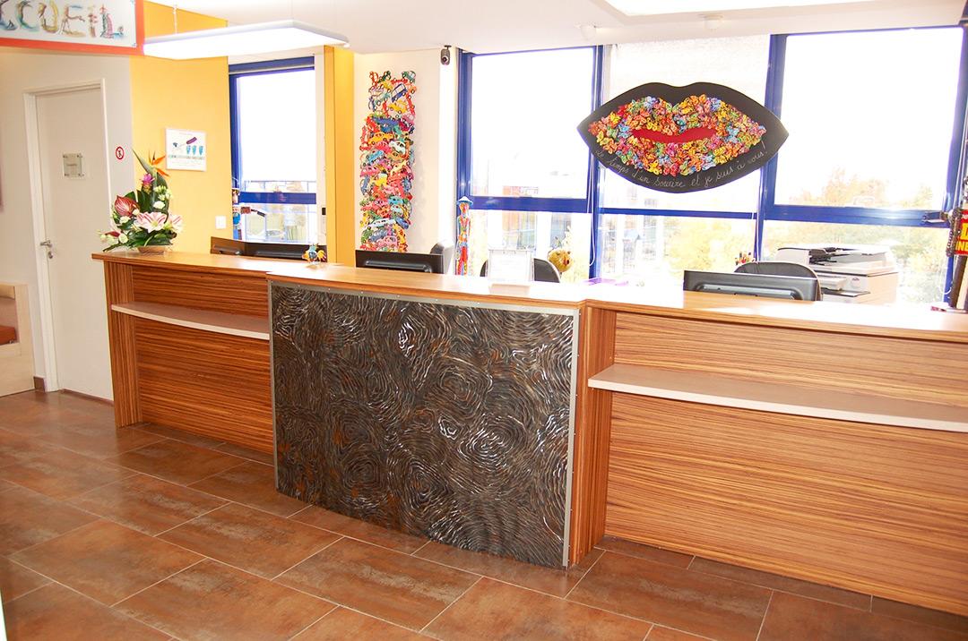 Photo de l'accueil du cabinet d'orthodontie du Docteur MOTTO